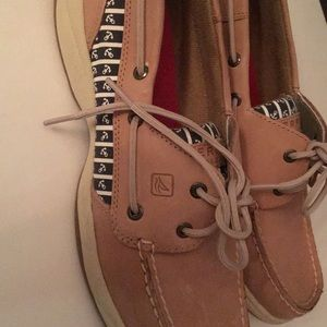 New women's sperry topsider boat shoes size 10